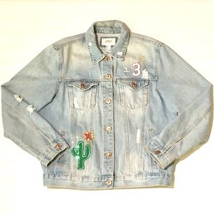 Forever 21 Light Wash Distressed Denim Jacket